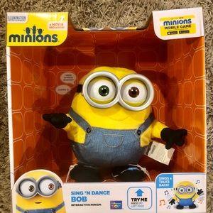 COPY - Sing & Dance Bob Minion toy